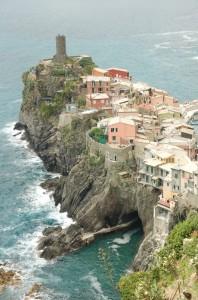 Il castello Doria a picco sul mare