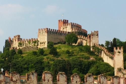 Soave - Oltre le mura di Castello