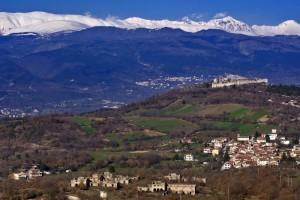 Panorama di Panfilo d'Ocre e Castello di Ocre