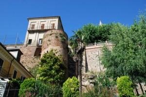mura e torre difensiva