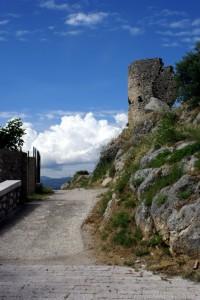 La via per il castello