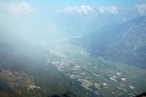 Panorama della Val Chiavenna  e di  Samolaco in primo piano