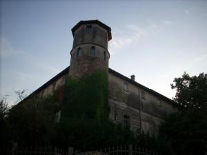 La torre circolare del Castello Serbelloni
