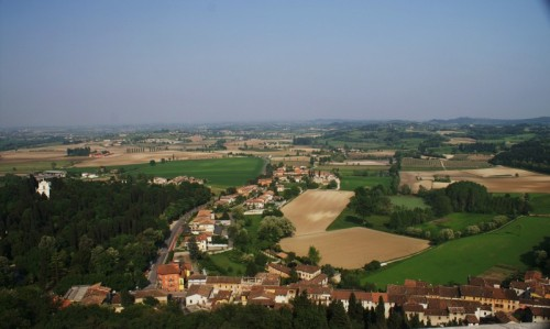 Solferino - Panorama da Piazza Castello