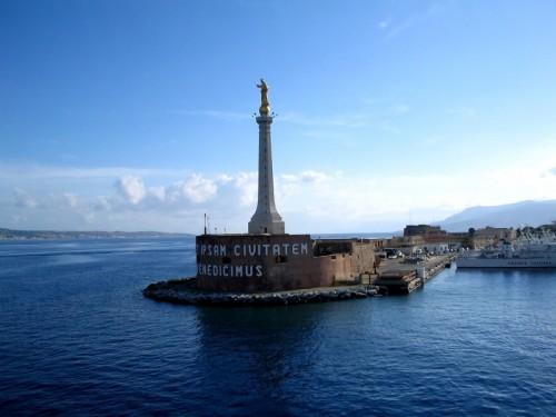 Messina - La madonna e lo stretto di Messina