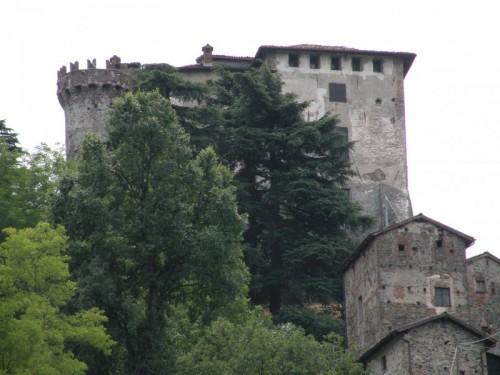 Casaleggio Boiro - castello dei Guiglia