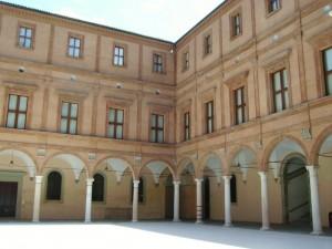 cortile interno del castello di carpi