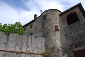 scorcio di un angolo del castello