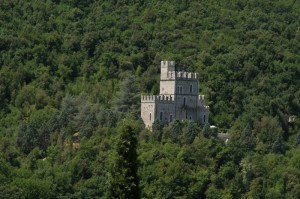 Finto castello medioevale
