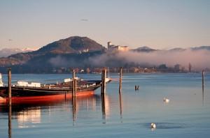 Il lago Maggiore ad Arona (di fronte Angera)