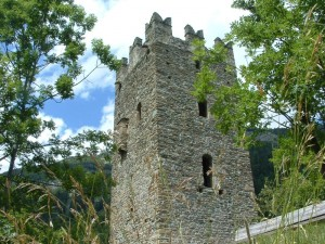 la torre,unica testimone di un passato glorioso