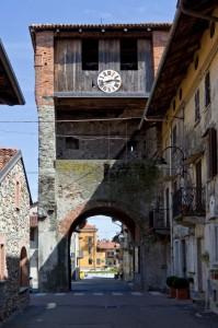 Piverone - La torre di ingresso