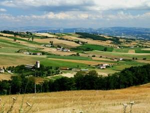 campi, chiese e pale eoliche