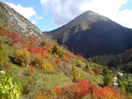 Briga Alta - autunno a Upega, frazione del comune di Briga Alta, Val Tanaro