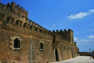 il trecentesco castello dei Grifeo