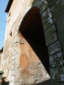 Porta di Gallicano