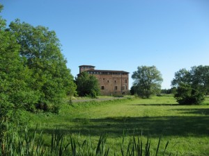 Il castello di Lardirago