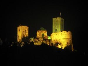 Castello di Popoli by night