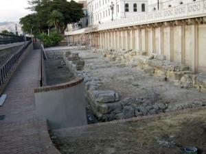 Resti di antiche mura greche VIII sec. a.C.