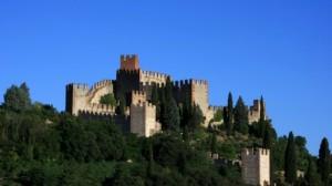 Il Castello di Soave visto dal Santuario Mariano