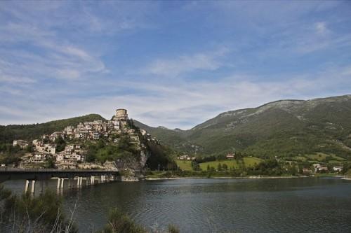 Castel di Tora - Castel di Tora