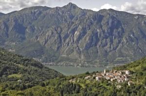 Ponna Inferiore con vista sul lago di Lugano