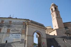 porta e mura del borgo