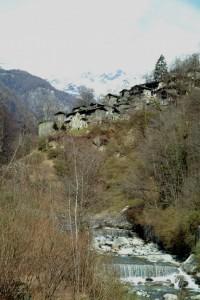 Il paesino di Scilironi in Val Malenco