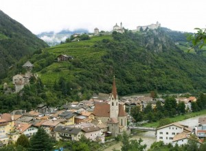 Chiusa (BZ) - In alto il Monastero di Sabiona