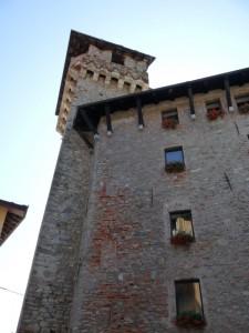 Torre di accesso al borgo medioevale di Lanzo