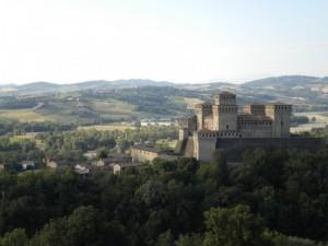 Guardo il Castello di Torrechiara e la Val Parma….