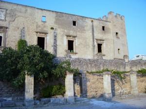 Grottaglie - Castello Episcopio 1