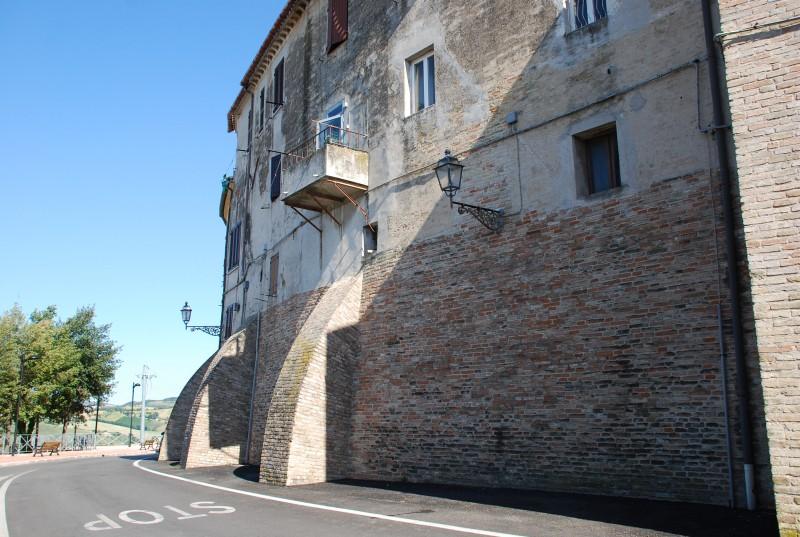 ''mura castellane'' - Camerata Picena