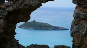 l'isola di Cirella, dalle rovine di Cirella Vecchia