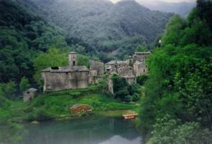 L'antico borgo di Isola Santa