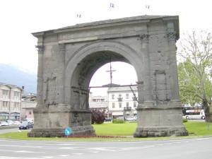 Aosta, Arco D'Augusto