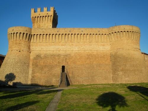 Urbisaglia - Castello con ombre