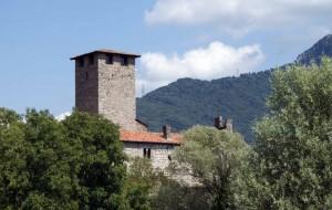 Bianzano il Castello Suardi