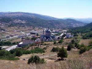 Santuario e panorama di Paduli e Pastena