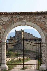 entrata al castello di noarna