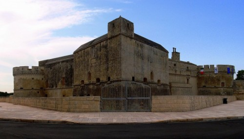 Vernole - castello di acaya