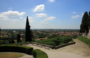 Monselice: ampia panoramica dalle 7 chiese