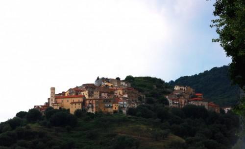 Cuccaro Vetere - sul cocuzzolo della montagna....