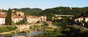 Millesimo con il suo castello e il suo ponte antichi