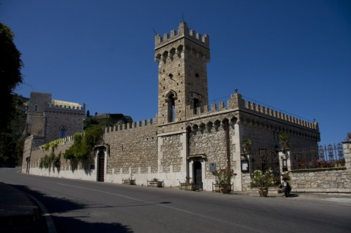 Taormina - castelli improvvisati