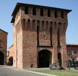 Porta Ferrara, San Giorgio e il drago