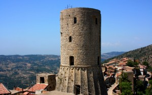 la torre Angioina di Castelcivita
