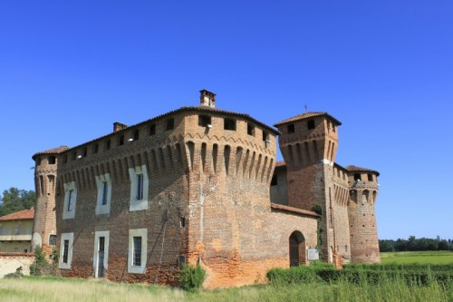 Briona - Castello Sforzesco di Proh Sec XV-XVI, lato sud-est