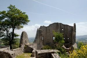 Canossa, resti del castello