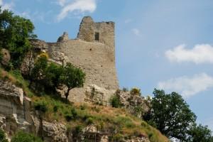 Canossa, la rupe e il castello